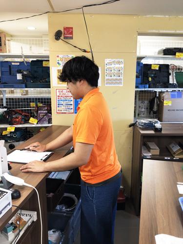 工具専門リユースショップの店舗スタッフ 店舗イメージ2